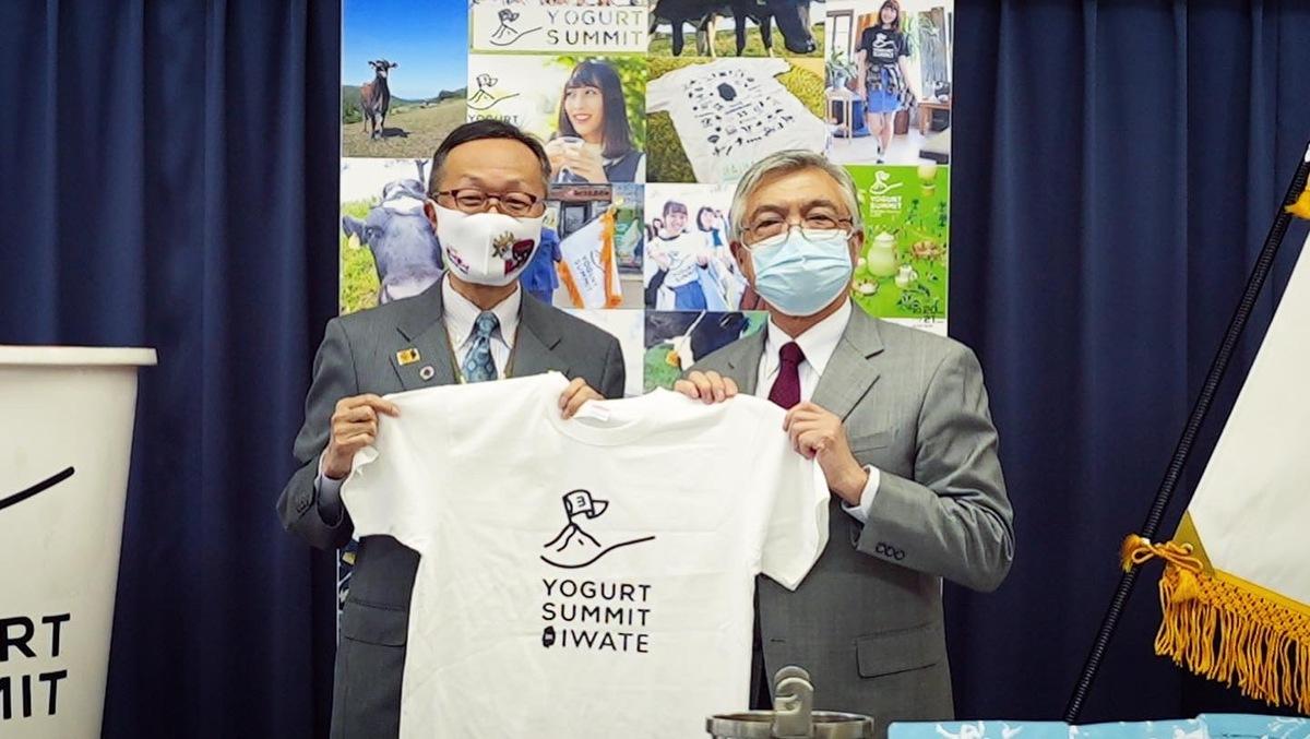 ヨーグルトサミット記者会見 応援Tシャツ